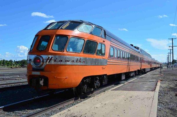 d37273-cedar-rapids-on-sts-train-at-raton-nm-9-17-13