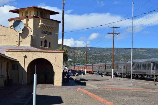 d37276-station-to-station-train-and-raton-nm-depot-9-17-13