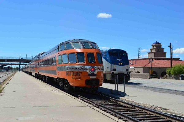 d37305-cedar-rapids-on-sts-amtrak-4-and-albuquerque-nm-station-9-18-13